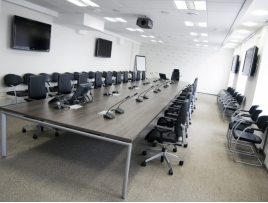 Конференц стол для переговоров 9